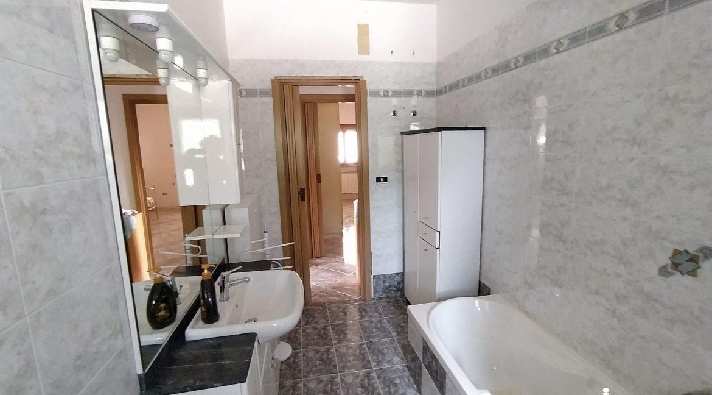 vendesi villa Martina Franca Immobiliare giovine (23)