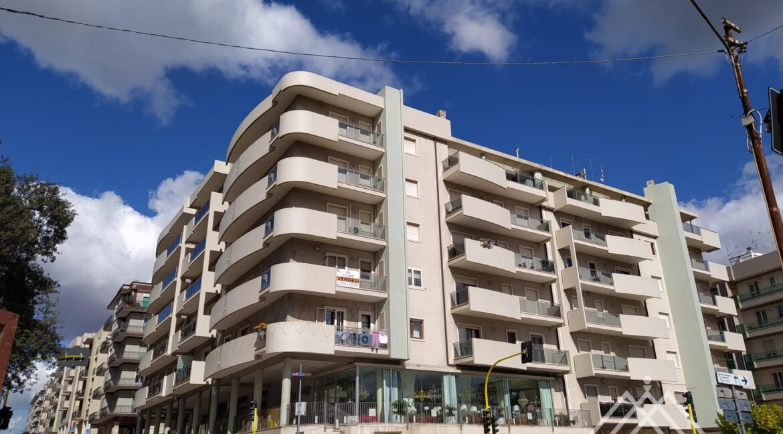 vendesi appartamento martina franca immobiliare giovine (9)
